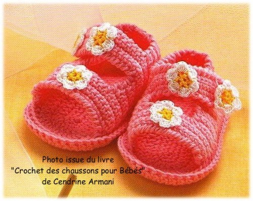 crochetbabyshoes.jpg